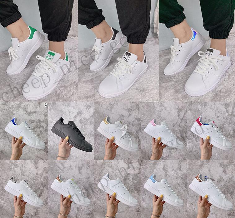 HOT platform kanye Fashion Stan Smith Core Black Sneakers White Green White Blue Skateboarding Shoes Stars Flats Mens Womens Designer Shoes