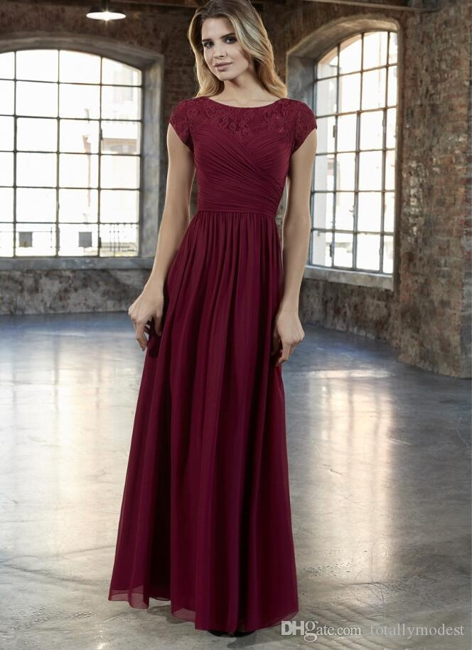2019 New Dark Red Lace Chiffon A-line Long Modest Bridesmaid Dresses With Cap Sleeves Floor Length Wine Red Modest Maids of Honor Dress