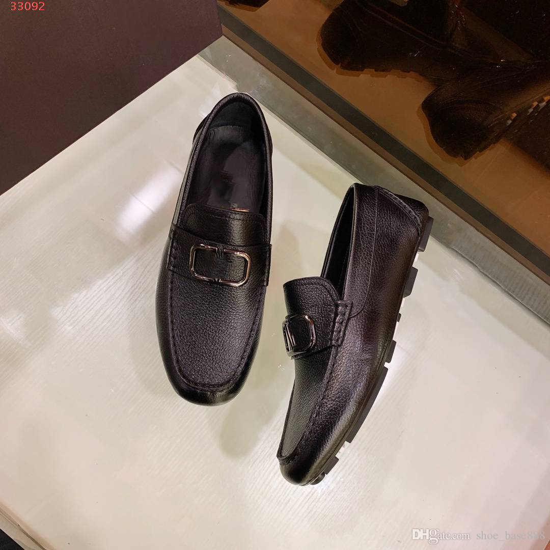 style européen et américain de nouvelles marques internationales pour les chaussures de mariage haut de gamme de blanc et noir hommes chaussures habillées sur mesure