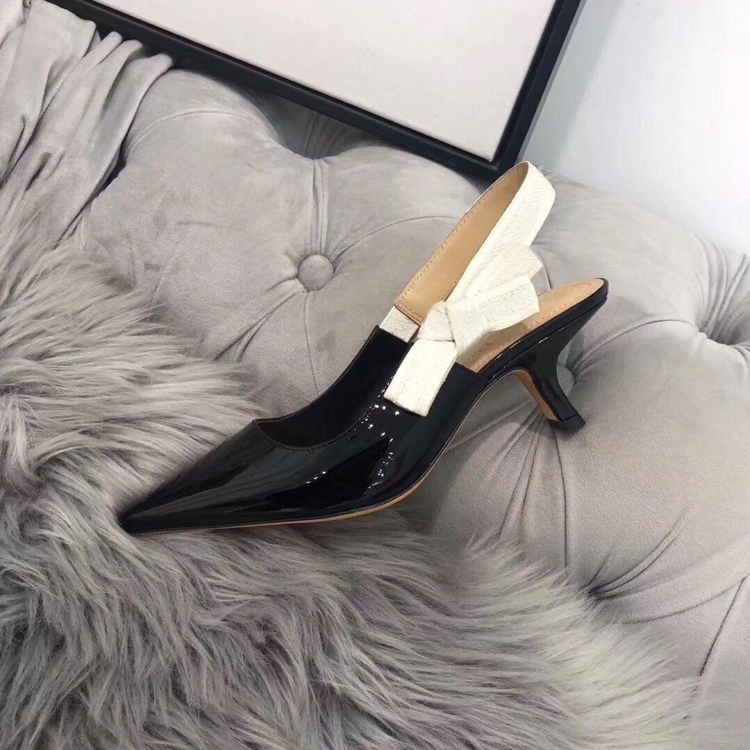 Sandales à talons hauts chauds à la mode Haute sexy Chaussures à talons hauts Lettre Chaussures de femme 42