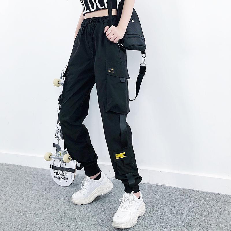 Women's Fashion Streetcargohose Schwarz-Knöchel-Längen-elastische Taille Jogger weibliche lose Hose-beiläufige plus Größe Haren Hosen T200331