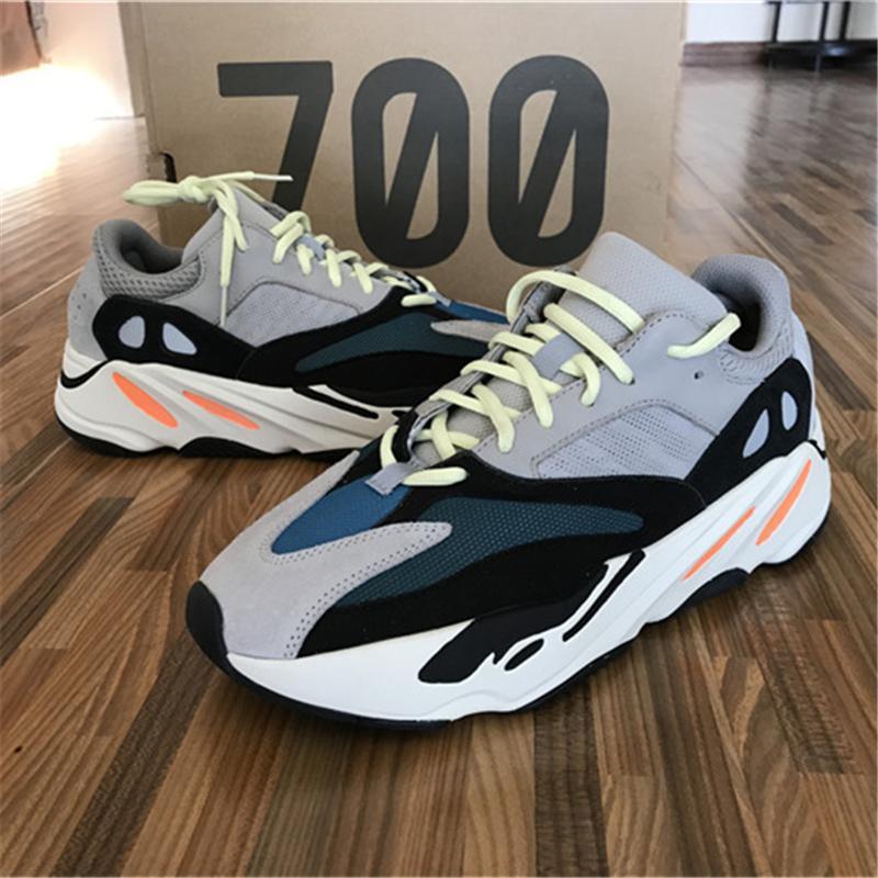 desiner sneaker Kanye West corridore dell'onda 700 Seankers pattini correnti di sport delle donne degli uomini Solid Scarpe Grigio Bianco Gesso nucleo nero Sport Size 36-45