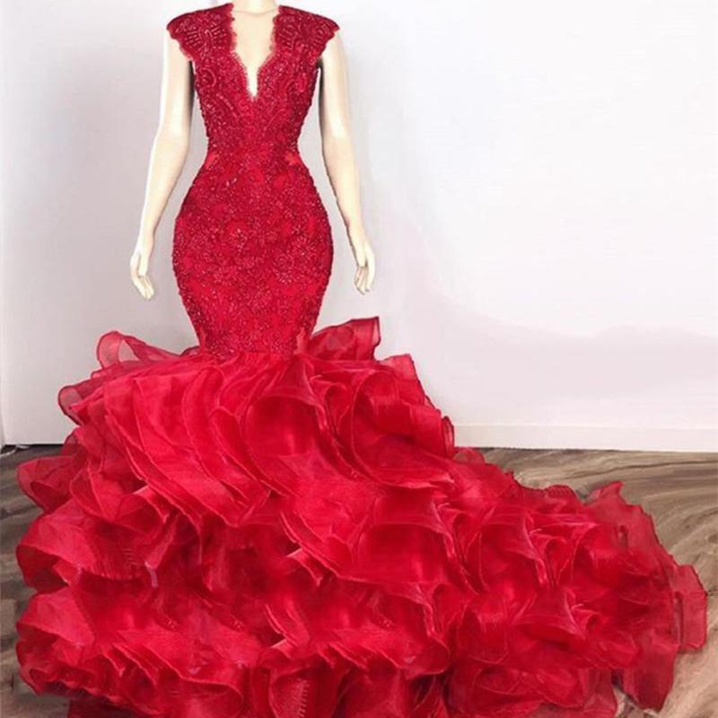 2020 Prom rouge robes longues dentelle Top volants niveaux Organza Afrique noire fille sirène robe de soirée de robes de mariée