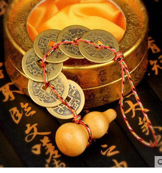 New ++ ++The opening of copper coins six emperor lucky money gourd imitation of the Qing Dynasty ancient coins of feng
