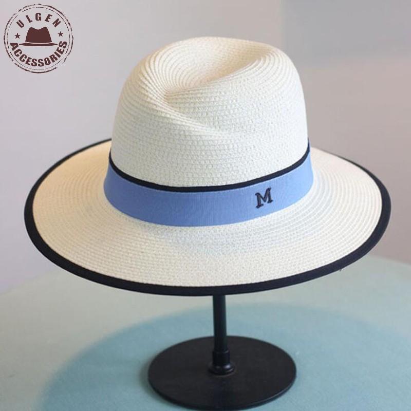 여성을위한 새로운 도착 여름 패션 M 편지 밀짚 모자 큰 가장자리 M 파나마 짚 페도라 여성의 여행 비치 모자 태양 모자