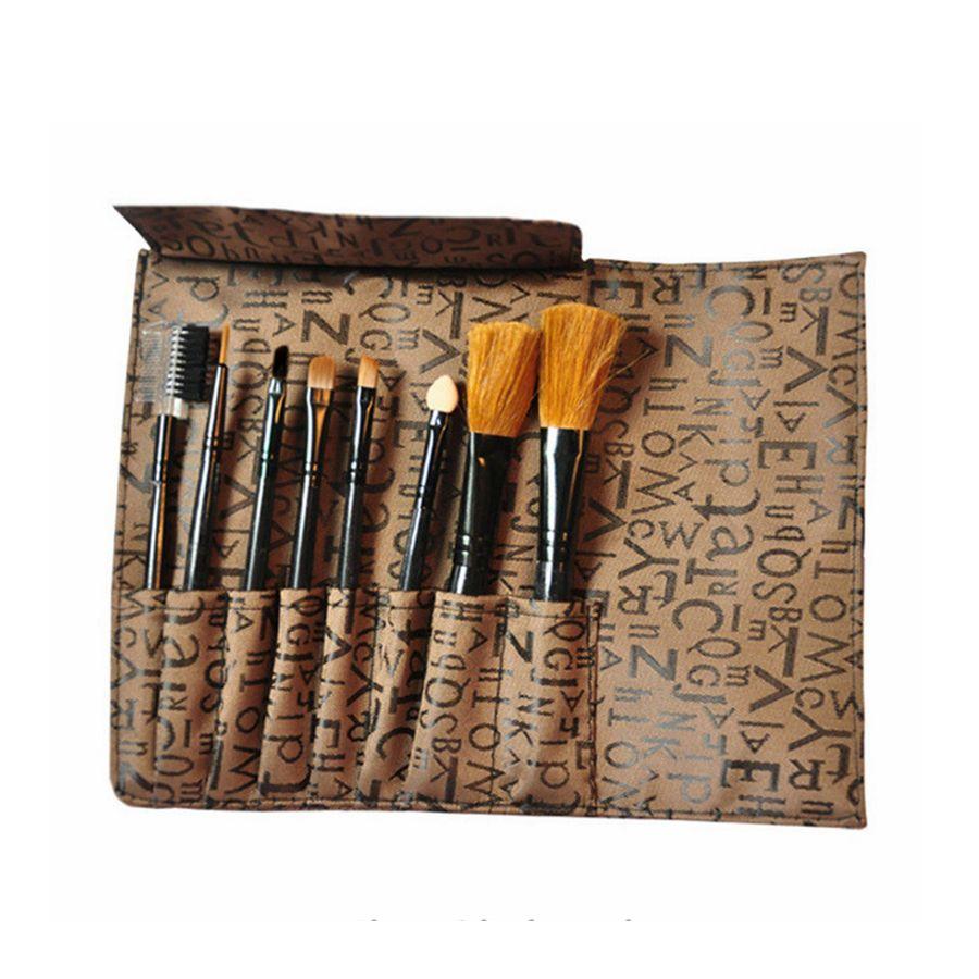 Pincel de maquiagem Set Professional Blush Em Pó Foundation Sobrancelha Sombra Lip Blending Make Up Escova Cosméticos Ferramentas com saco 8 pçs / set RRA1333