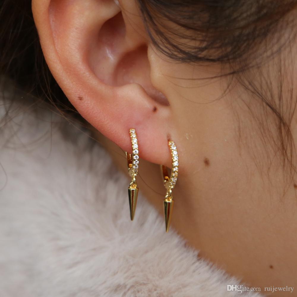 2019 Корейский стиль золото заполнено качают конуса серьги стержня для девочек женщин простого милых шпилек ювелирных изделий Pave крошечных CZ панка мальчики brincos