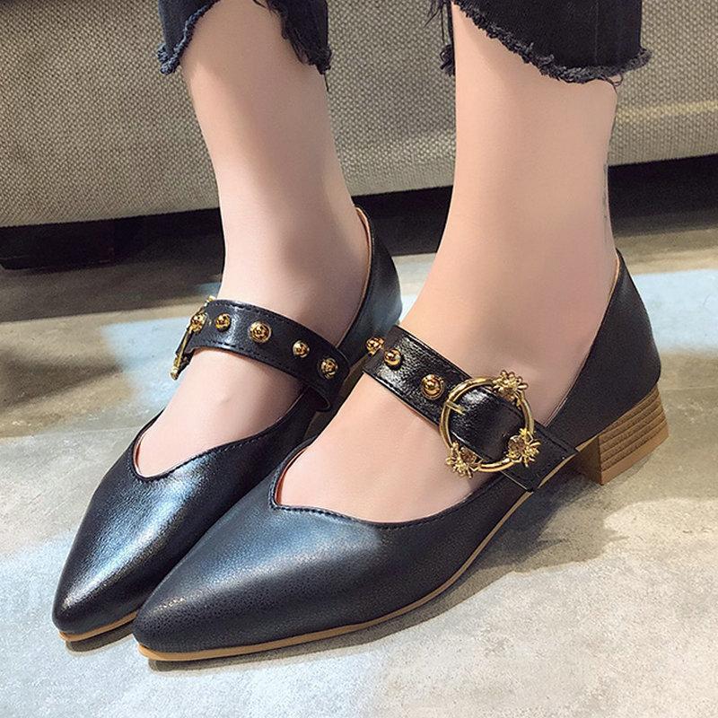 Pantolonlar için güzel Kadınlar Yaz Flats Sivri Burun Metal Dekorasyon Toka Ayakkabı Kadın Düz Topuklar Casual PU Bayan Ayakkabı