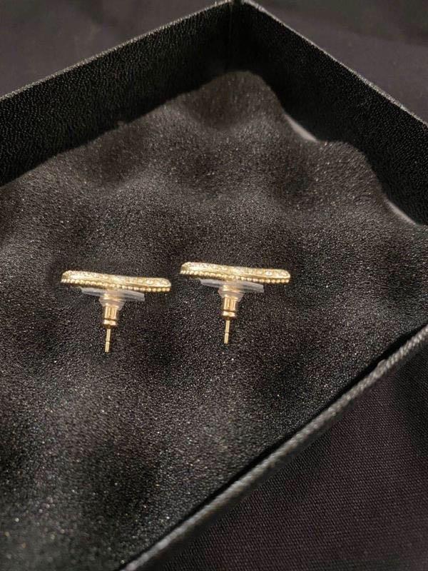 Orecchini di Moda Hoop Pearl Gold Stud Orecchini Aretes Orecchini per le donne Party Wedding Engagement Amanti regalo gioielli con scatola
