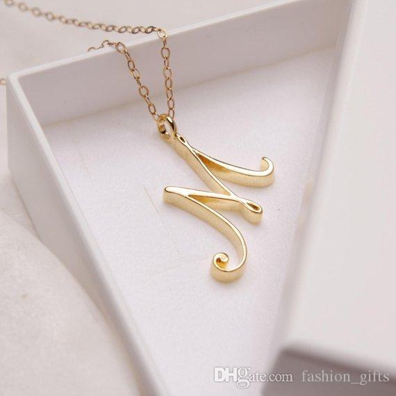 1шт Минималистский английское название Initial алфавита M ожерелье крошечное английское слово Исходное письмо M монограмма очарование металла кулон ожерелье