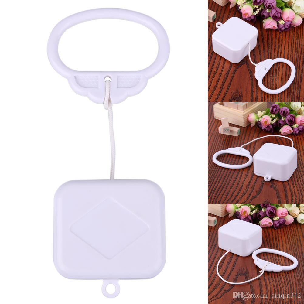 1 pcs Pull plástico Cordas Clockwork Cord Music Box O anel de tração Music Box Branco ABS bebê Crianças cama sino Rattle Toy Presente de aniversário