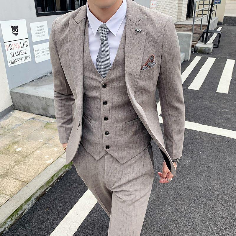 L'ultimo vestito da promenade del vestito di affari del partito degli uomini di disegno cachi gilet migliori degli uomini da sposa su misura vestito dello sposo tuxedo 2019 pantaloni giacca