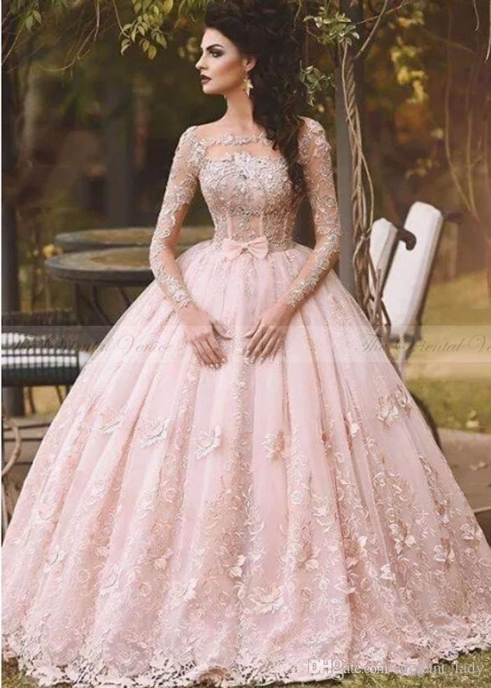 Vestido de Novia 2018 del collo del vestito da sfera Paese Blush Pink Lace abito da sposa a maniche lunghe barche 3D Flora Principessa Abiti da sposa araba Dubai