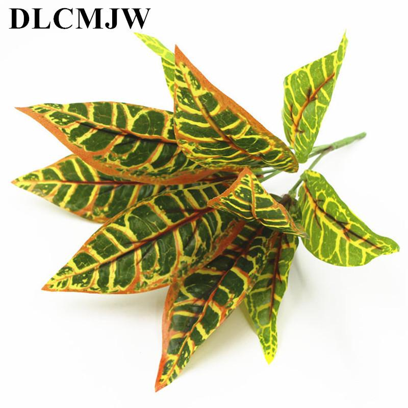 2021 Artificial Plants Green Grass Plastic Plant Wall Garden Home Decoration Artificial Flowers Fake Plant Leaves Green Plant C19041302 From Mingjing03 2 06 Dhgate Com