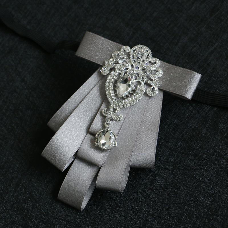 Erkekler Damat Sağdıç Elmas Bow Kravatlar Düğün Aksesuarları için yüksek dereceli Elmas Bow Tie Yaka İngiltere Rhinestone Papyon