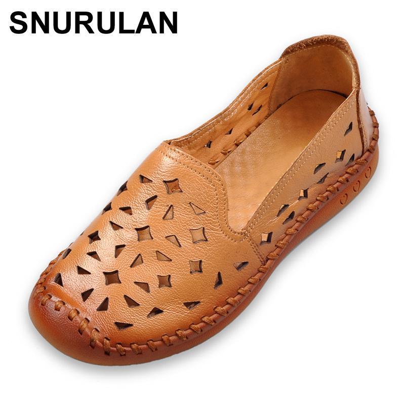 الجملة أحذية الصيف النساء جلد طبيعي الصنادل المسطحة تنفس لينة تسولي عارضة المتسكعون Ethnic نمط المرأة SandalsE065