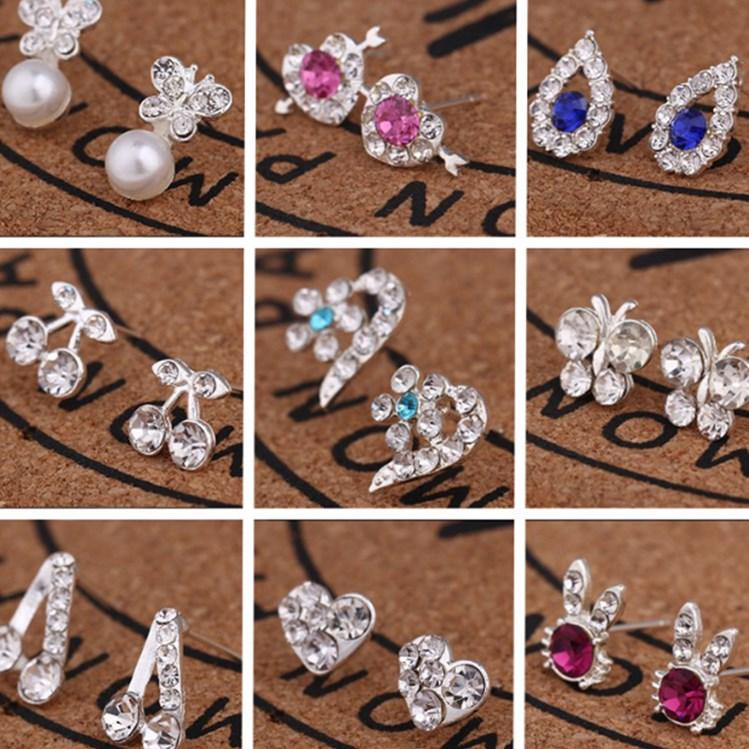 New Korean version temperament girls ear stud earrings diamond pearl bow lovely earrings simple earrings T2C5014