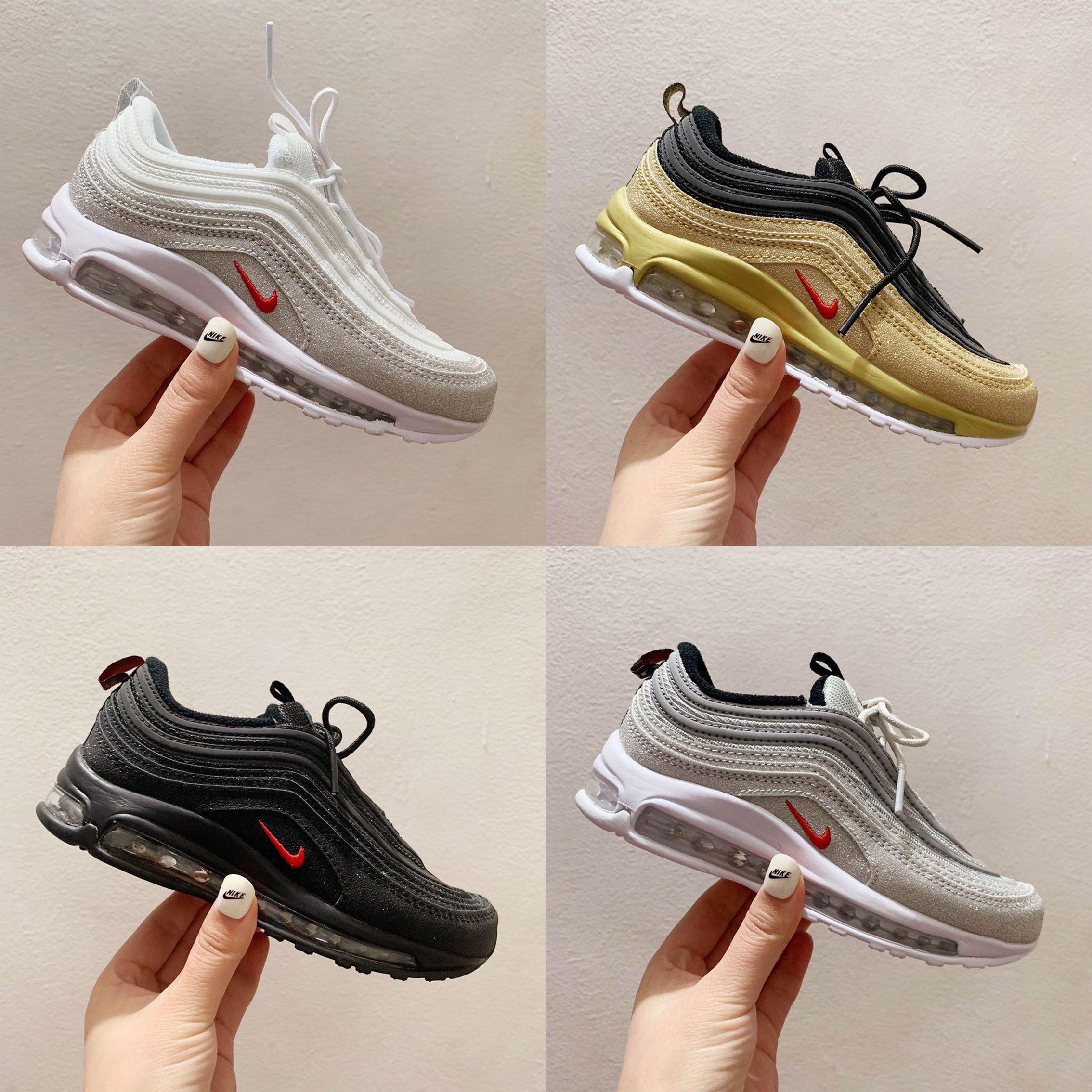 Kids Running Shoes Cushion Plastic