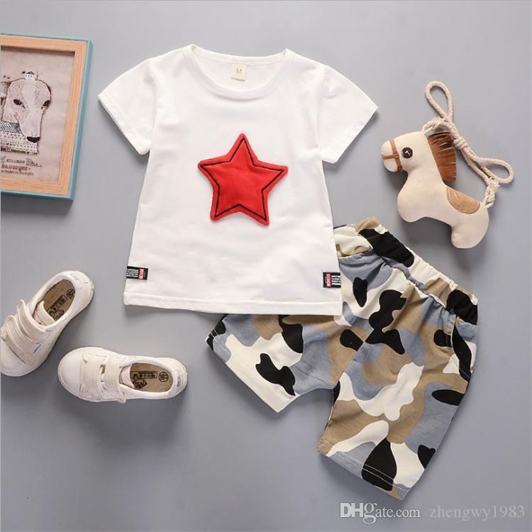 Moda Boys çocuklar Seti Kızlar Çocuk giyim Yıldız tişört + Kamuflaj Şort 2PCS Çocuk Tasarımcı Giyim JY327 ayarlar 3 renk giysi