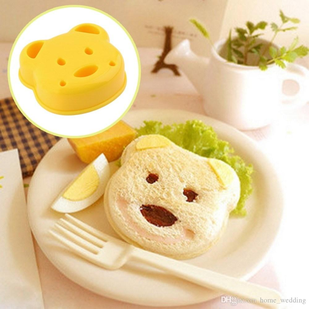 Little Bear Shape Sandwich Mold Bread Biscuits Embossed Device Cake Mold Maker DIY Mold Cutter Wholesale