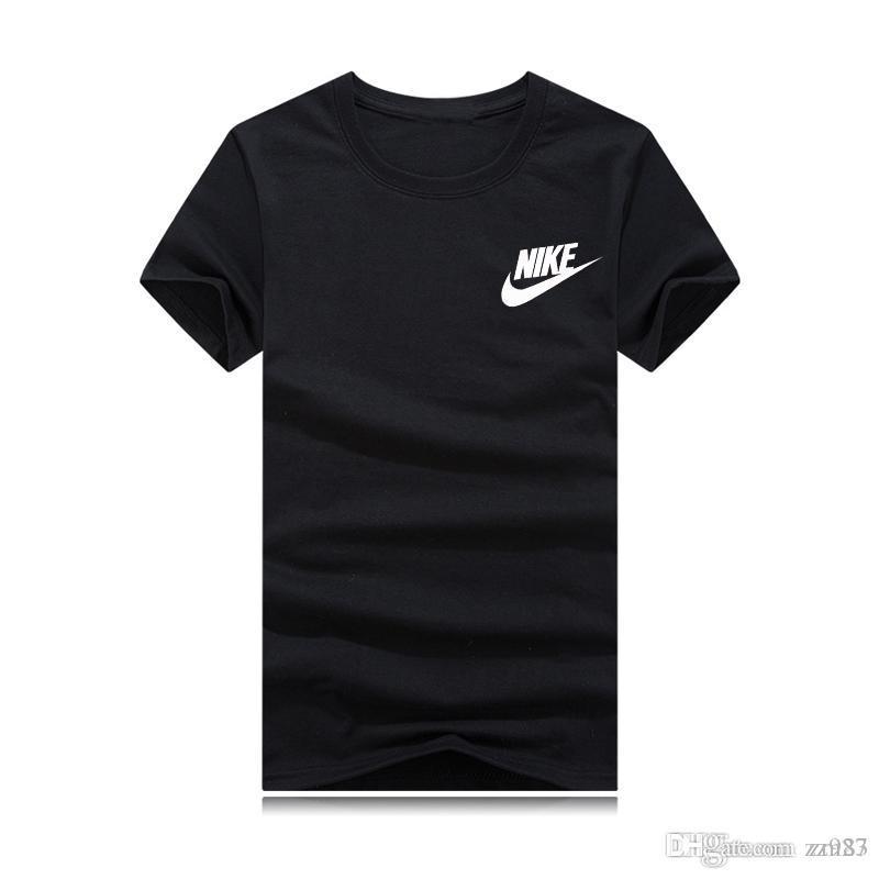 famoso diseñador de los deportes de los hombres de camisetas en el verano 2019, camiseta es un logotipo de moda de manga corta y camiseta de talla grande arriba harajuku
