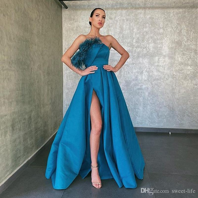 A Line Long Prom Party Dresses Feather Strapless Side Slit Sexy Formal Evening Gowns 2020 Robe de soiree