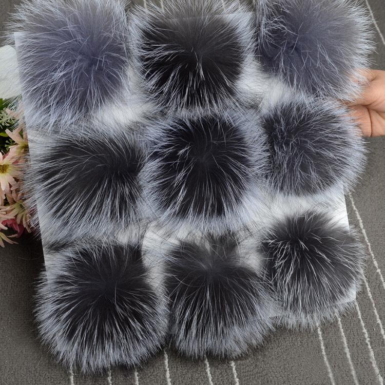 5pcs/ lot DIY 13cm Silver fox fur 15-16cm Raccoon Fur pompoms for knitted hat cap beanies and keychain and scarves real fur ball Y191112