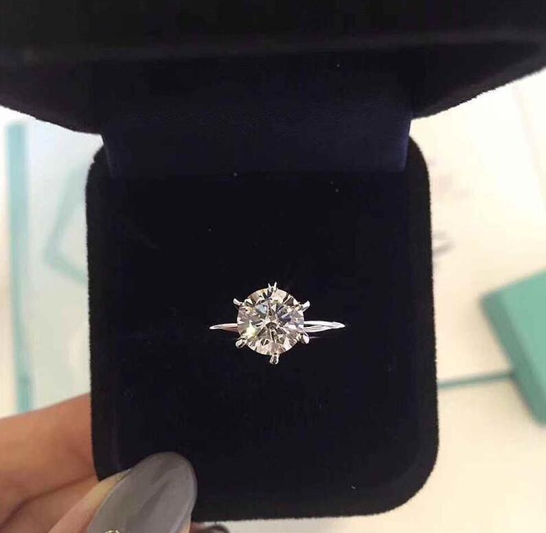 ريال مدريد 925 جنيه استرليني من الفضة ستة مخلب 3/1 قيراط حلقات مصمم الماس الفاخرة BAGUE مع LOGO والمربع الأصلي إمرأة الزفاف الاشتباك هدية