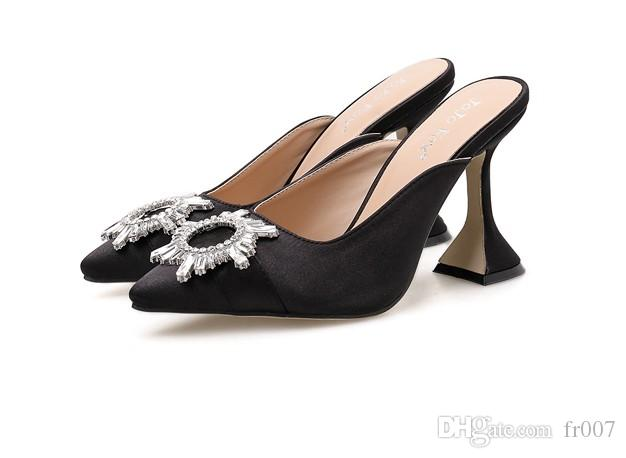 Trasparente di Cristallo Delle Signore Della Spiaggia scarpe comode Sandali di gomma Delle Donne All'aperto Slip On Sandalen Slingback Scarpe Estive 9 cm Tacco