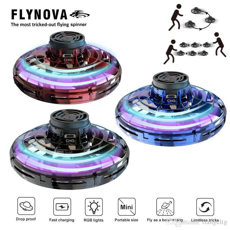 FlyNova UFO Непоседа Spinner Светодиодные 360 ° вращение Летающие игрушки Мужчины Женщины Офис Decompression Мини игрушки Мальчики Новогодние подарки 04