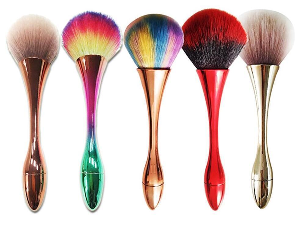 couleur magique 2020new jolie petite taille poignée en métal Brosses visage Pinceau Poudre Fondation Contour de maquillage mini ordre de ePacked Shipp