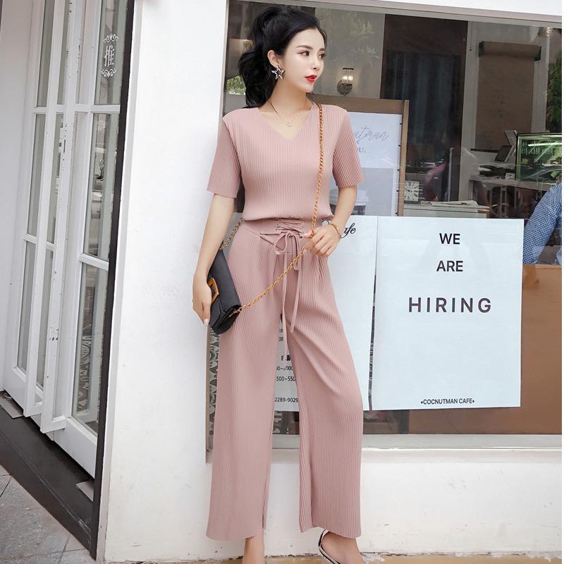 Femmes Dressises 2020 Nouveau style coréen Sexy col V Chemise à manches courtes taille haute Bow à lacets Pantalon jambe large costume deux pièces pour les femmes