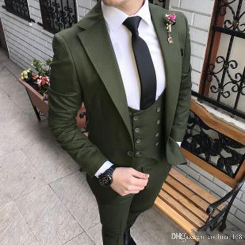 Nouveau Mode Vert Olive Slim Fit Tuxedos Groom Notch Revers Groomsmen Mens Robe De Mariage Excellent Homme 3 Piece Suit (Veste + Pantalon + Gilet + Cravate) 632