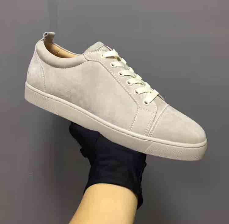 Voll Grau Suede echtes Leder Low Cut Sneakers Red Bottom-Mann-Schuhe, Luxus-Partei-Hochzeit klassische Art-Wholesale freies Verschiffen