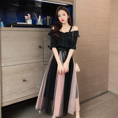 Negro de verano de Corea del hombro camisa de dos piezas de la gasa plisada Faldas Sexy Trajes de Slash cuello más el tamaño de ropa para mujeres