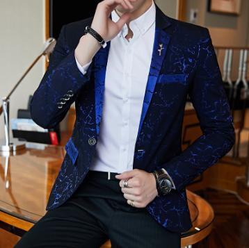 Luxo Partido Prom Blazer Shinny Yarn Vinho Vermelho Azul Preto Contrast Collar Jacket Vestido Jantar Blazer Slim Fit Suit Brasão