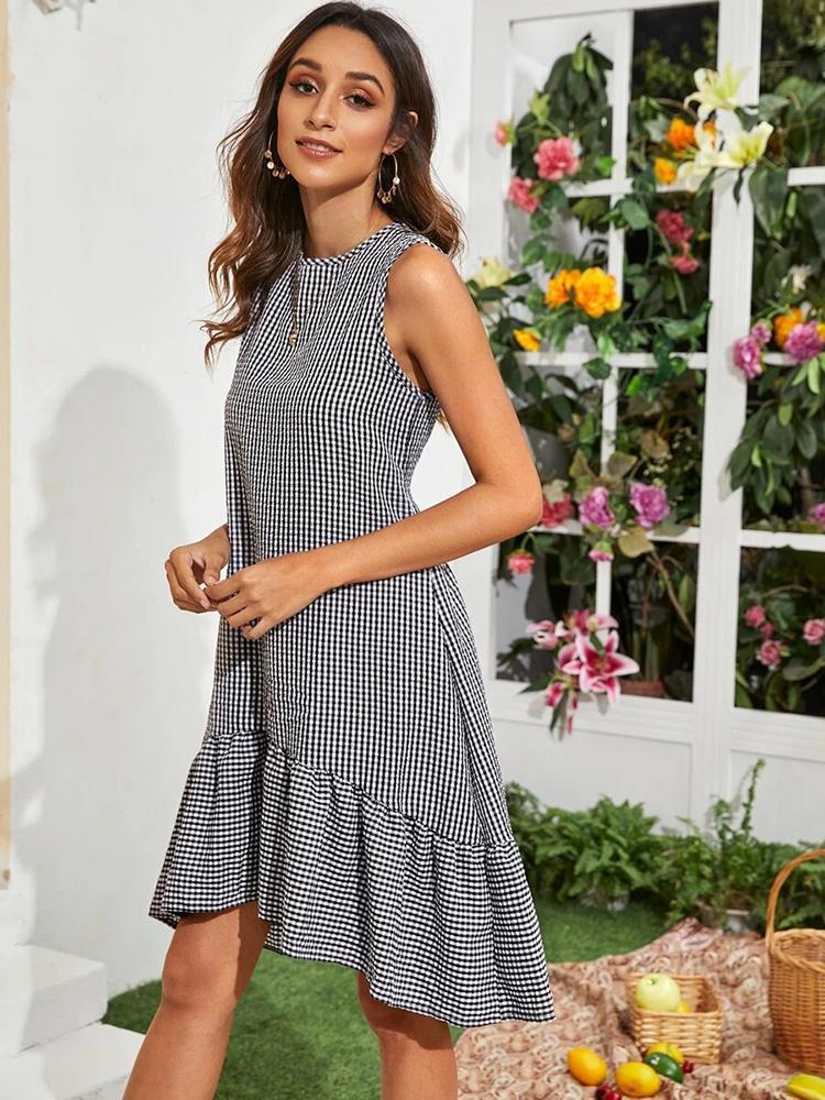 Лето 2020 Новые Женщины Плед Большой Качели Юбка Классический Черный Белый Плед Платья Женщины Без Рукавов Летнее Платье Мода Плед Платье