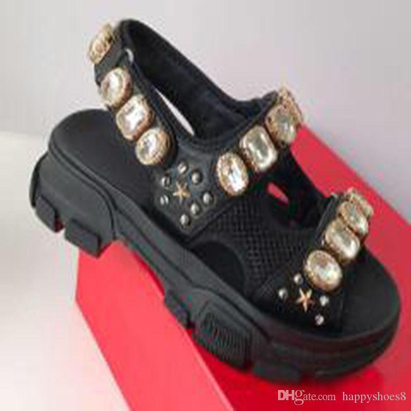 Remachada Deportes Plate-forme sandalias del diamante de la moda de cuero zapatillas de playa al aire libre de las sandalias del ocio de las mujeres y los hombres des Chaussures KK4