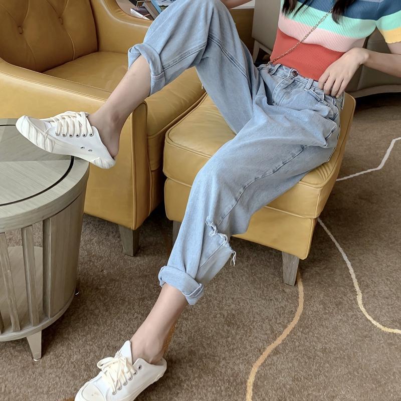 Xuan pantalones de cintura alta pantalones se pierden fino del agujero nueve puntos pantalones vaqueros de las mujeres con las rayas del arco iris retro de manga corta T-shirt
