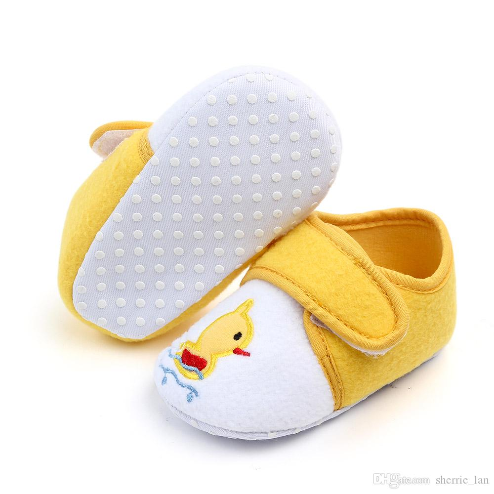New Infant Autumn and Winter Newborn Baby Hook Look Shoes Soft Sole Sneaker Cotton Crib Shoes Sport Casual Warm First Walkers For 0-18month