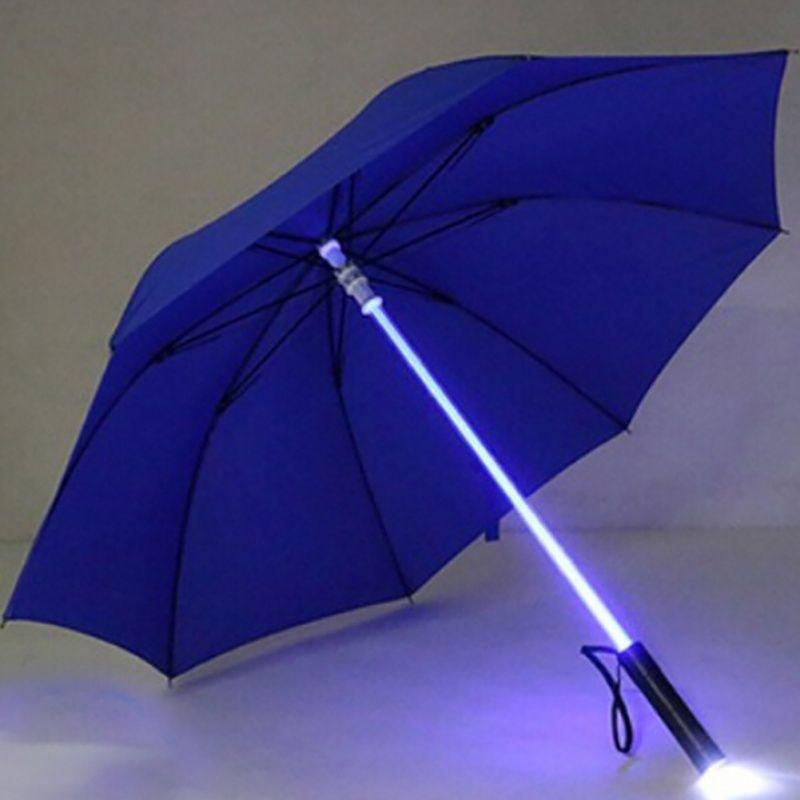 Light Up paraguas de luz láser LED de la espada del sable de luz hasta Golf Paraguas Cambio en el eje / construidos en flash de la antorcha paraguas Y200324