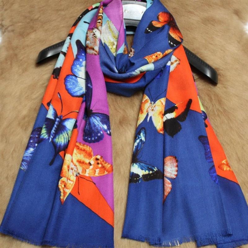 All'ingrosso-Nuovo brand design a 3 colori farfalla print size modello 185 centimetri * 67 centimetri di cachemire sciarpe lunghe materiali sciarpa di pashmina per le donne.