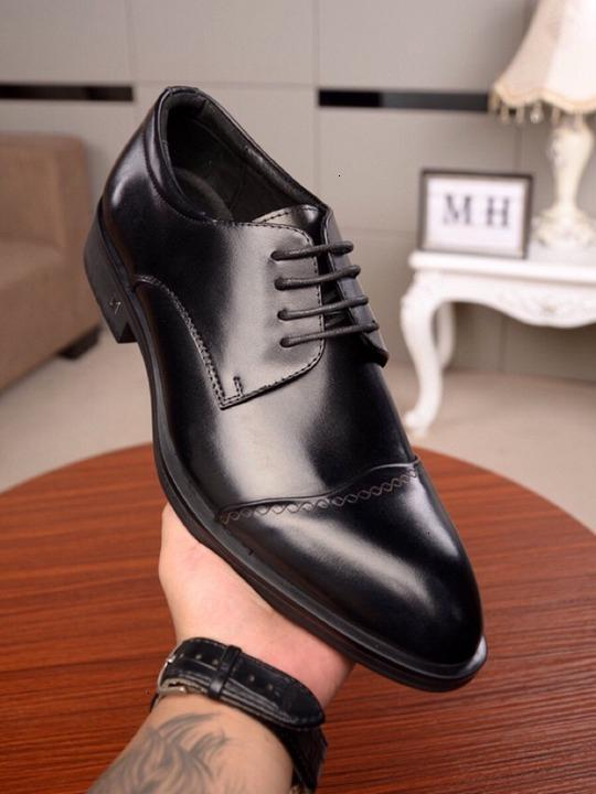 Pointed Toe Dress Shoes Men Patent Leather Oxford for Formal Mariage Wedding Banquet Loafers wan2