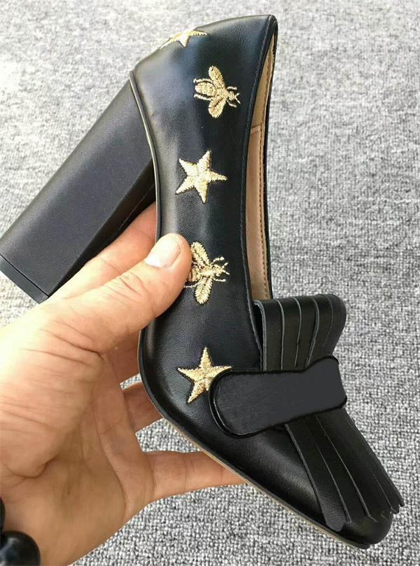 Christian Louboutin CL Luxe femmes mi-talon Pompes Mocassins Designer brodé réel Sandales à talon en cuir robe chaussures de mariage avec la boîte Taille 42