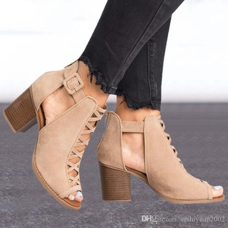 Salto alto calcanhar novo calcanhar alto peixe boca oca sapatos femininos de grande tamanho Sandálias 35-43