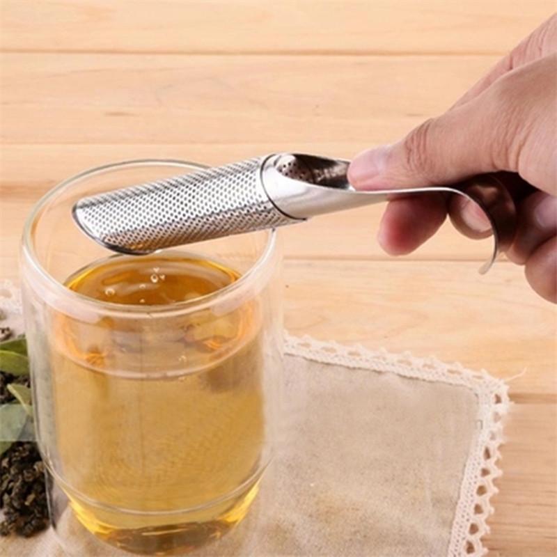 Promoção coador de chá surpreendente aço inoxidável Tea Infuser Cachimbo Design Toque Feel Good Tool Holder Chá Colher Infuser Filtro