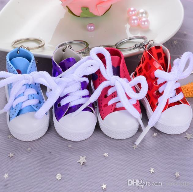 أزياء لطيف الأحذية الرياضية كيرينغ البسيطة 3d حذاء رياضة الأحذية المفاتيح التنس الأحذية الطبطبات للجنسين مجوهرات