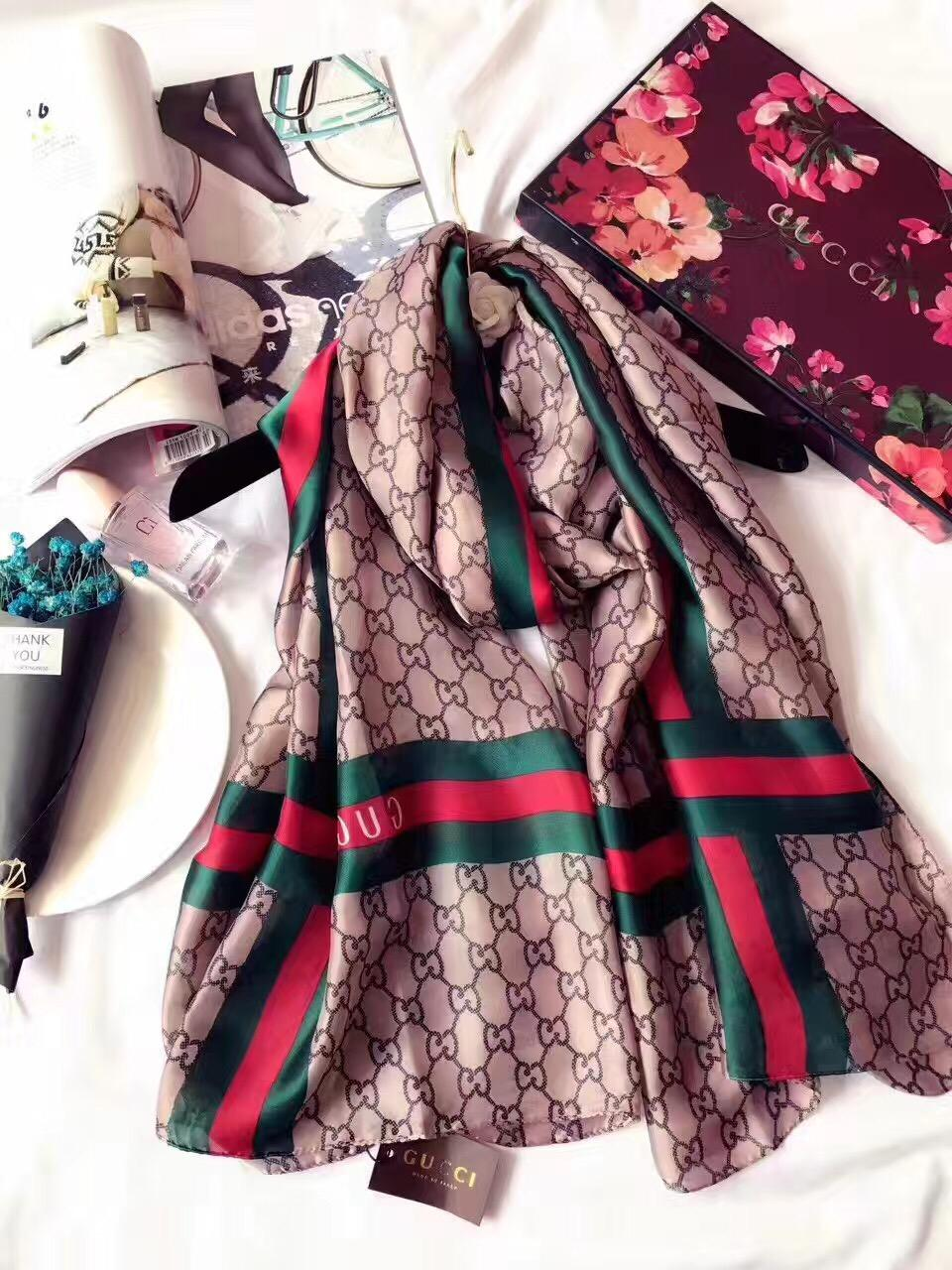 Fashionable lady's scarf.Pair with a stylish long silk scarf.High quality long scarf for lady 180*90 without box pl1k9