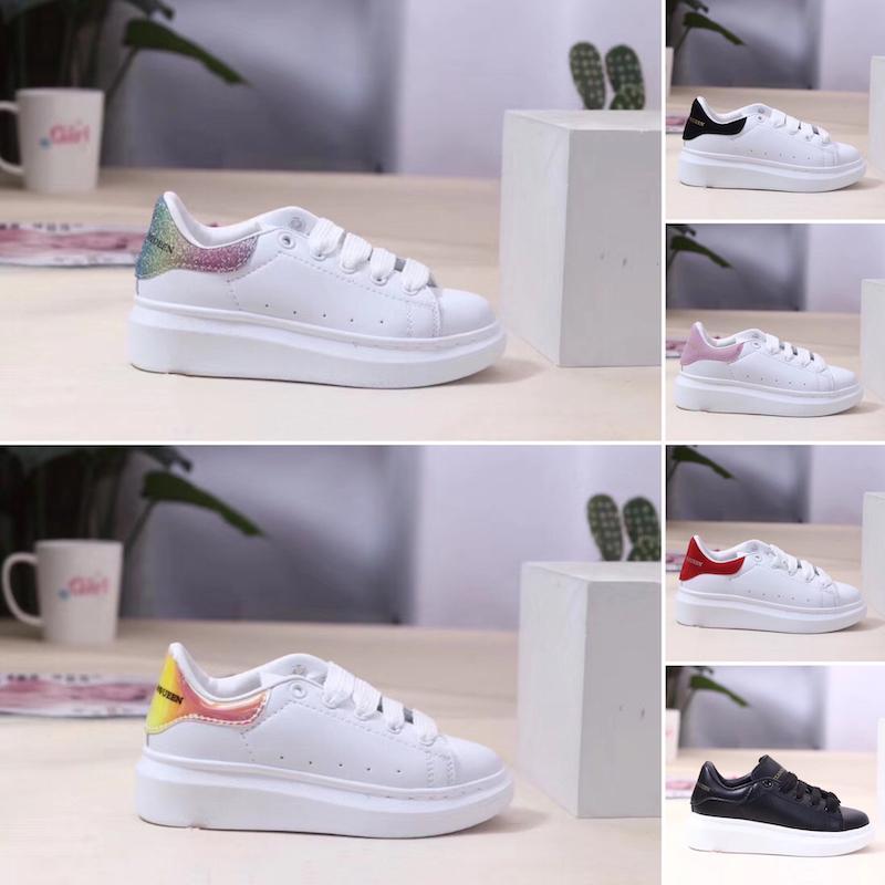 2019 Мода Роскошные дизайнерские Детская обувь для мальчиков девочки тапки толстым дном Белый Черный Красный Детские Повседневная обувь Размер 24-35