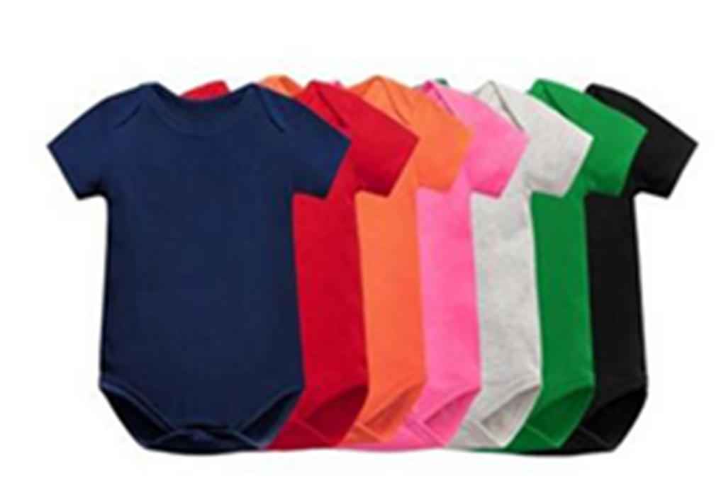 Großhandelsbabyspielanzug Solid Color Short Sleeve Gesunde Baumwolle Neugeborene Jumpsuits Multi Farben Infant One-Piece Kleidung 3M-34M